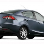 Mazda 2 Sedán lateral