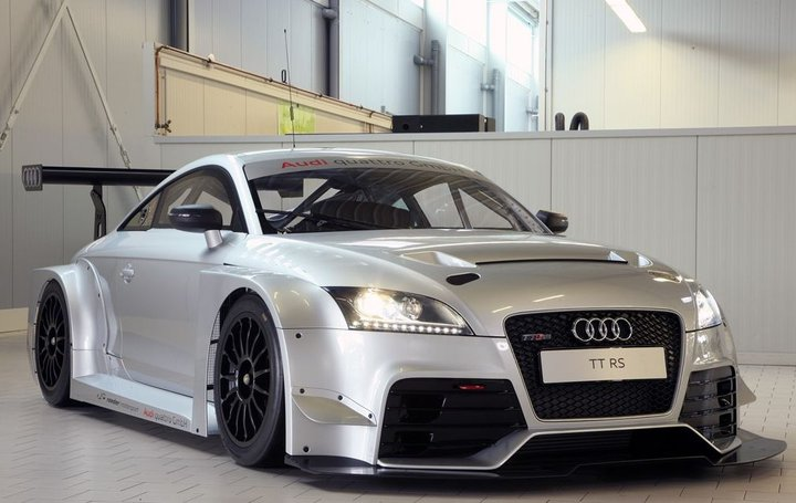 Audi TT RS endurance racer looks very serious