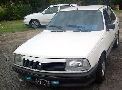 Renault 18 blanco frente