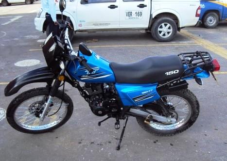 AKT 150 TT Azul