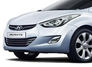Hyundai Avante detalle