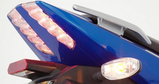 Auteco Bajaj Pulsar 180 UG luces traseras