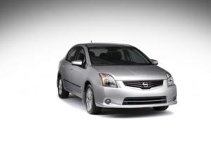 Nissan Sentra 2011 frente