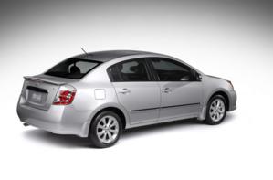 Nissan Sentra 2011 trasera