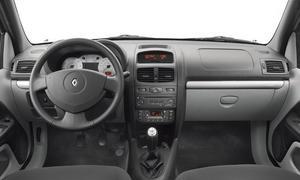 Renault Symbol interior