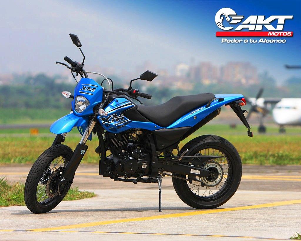 Yamaha Xm