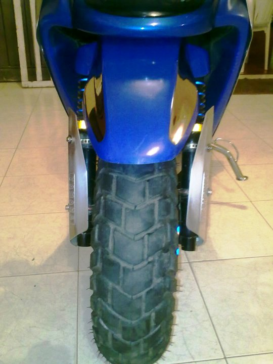 Yamaha BWS 100 llantas sellomatic