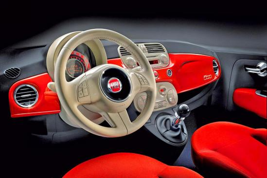 FIAT 500 interior volante