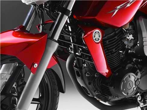 Yamaha Fazer 16 Detalle