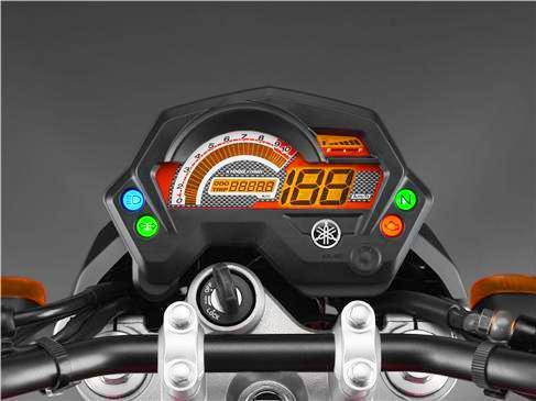Yamaha Fazer 16 velocimetro encendido