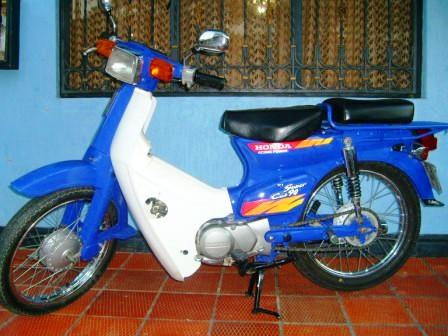 Honda C 90 practicidad