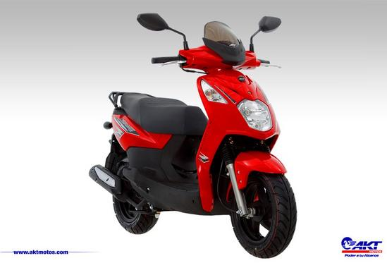 La Nueva Scooter AK DYNAMIC 125