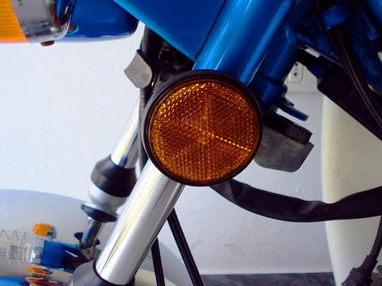 Yamaha Chappy reflectante lateral