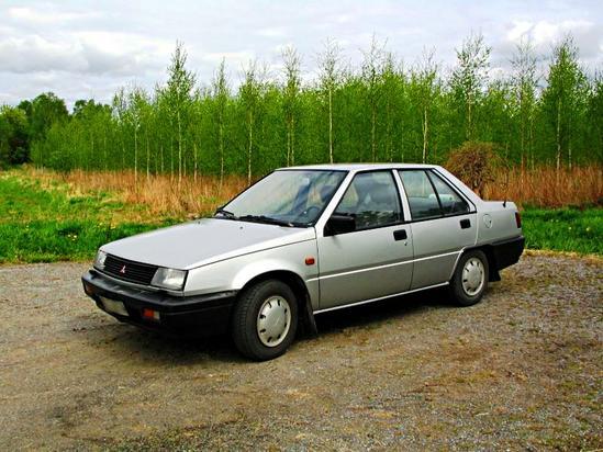 Mitsubishi Lancer Tercera generación 1982