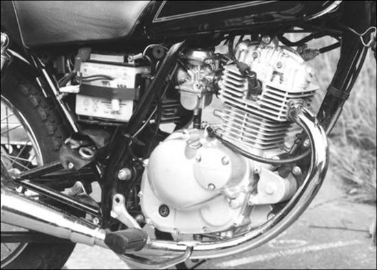 Suzuki GN 125 motor