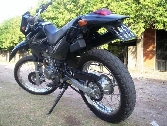 Yamaha XT 225 admirala!