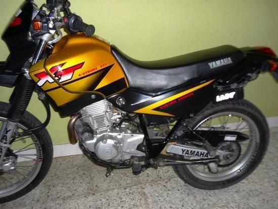 Yamaha XT 225 detalle