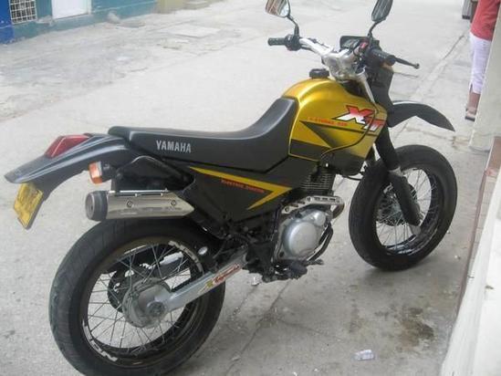 Yamaha XT 225 foto