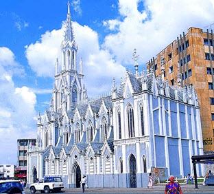 La iglesia la ermita lugares turisticos en semana santa