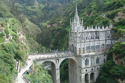 las lajas hermoso monumento religioso