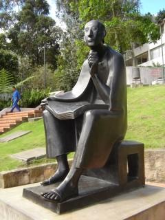 Universidad de los andes Estatua de El Bobo.