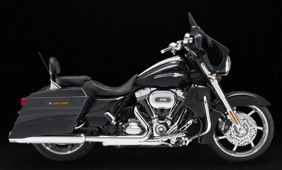 Harley Davidson Cvo Street Glide, negro