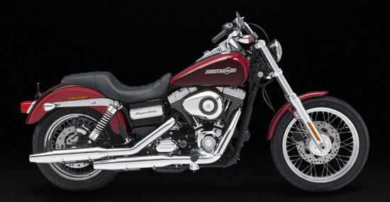 Harley Davidson Super Glide Custom, vinotinto