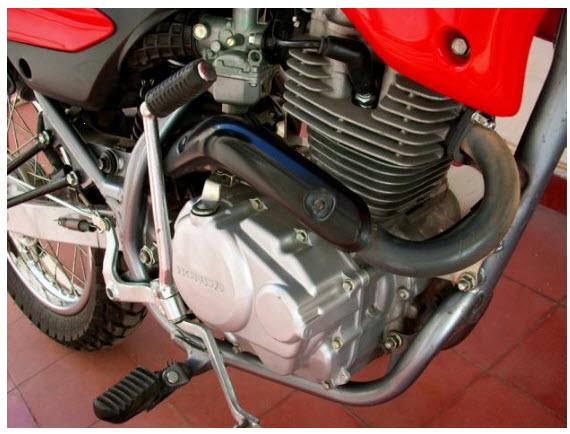 Honda Bros 125 NXR