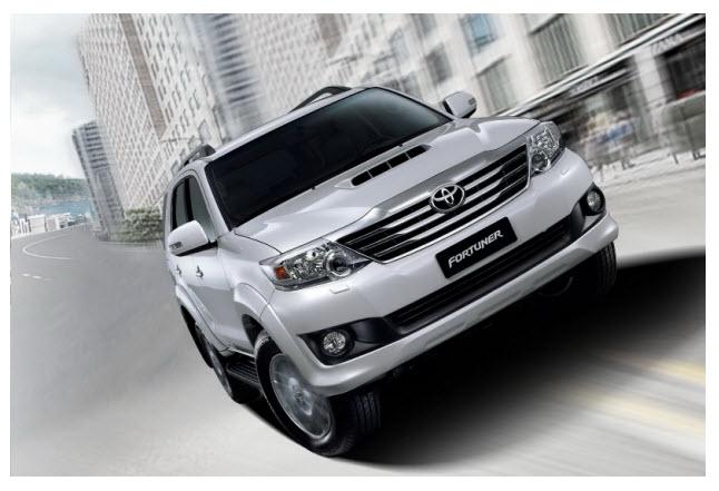 Toyota Fortuner 2012