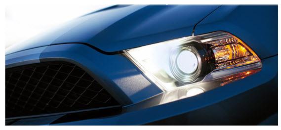 Ford Mustang 2012, Faros delanteros