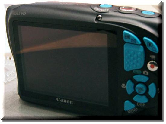Canon PowerShot D20, Vista Trasera