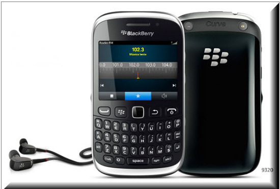Blackberry Curve 9320, Radio FM