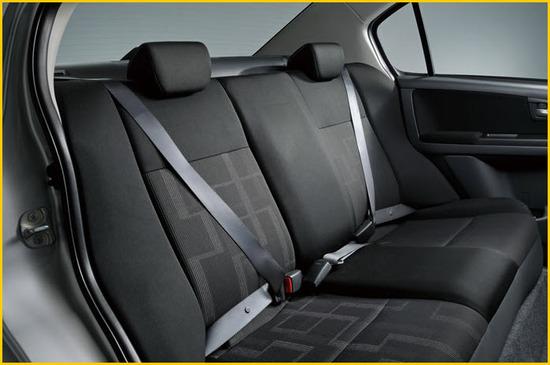 Suzuki SX4 Sedan, asientos traseros