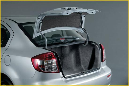 Suzuki SX4, Sedan baúl