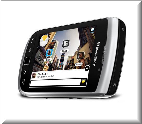 Blackberry Torch 9810, vista angulo