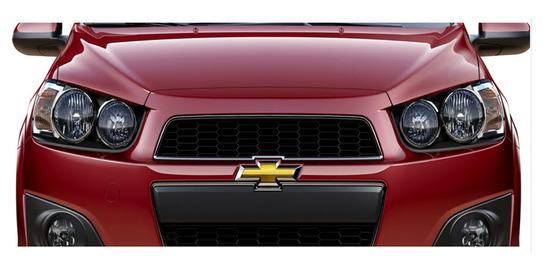 Chevrolet Sonic Sedan 2013, vista parte frontal