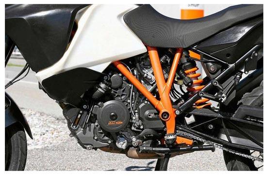 KTM 1190 Adventure R 2013, motor y chasis