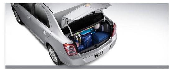 Chevrolet Cobalt baul