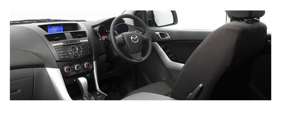 Mazda BT 50 Profesional, diseno interior