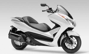 Nueva Honda NSS300 Forza