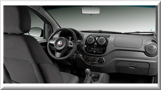 Fiat Palio Attractive 2013, diseño interior