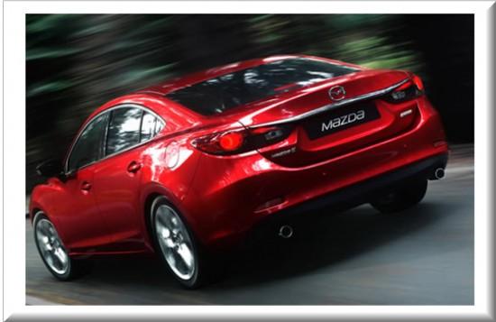Mazda 6 2014 vista parte trasera