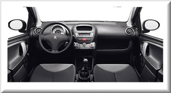 Peugeot 107 5 puertas, diseño interior