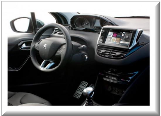Peugeot 208 Allure diseño interior