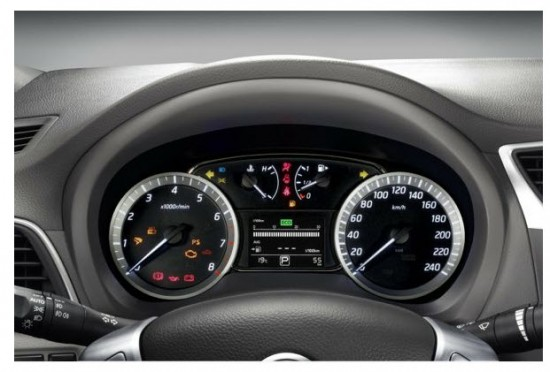 Nissan Sentra 1.8, diseño interior