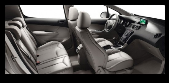 Peugeot 308 5 Puertas, diseño interior