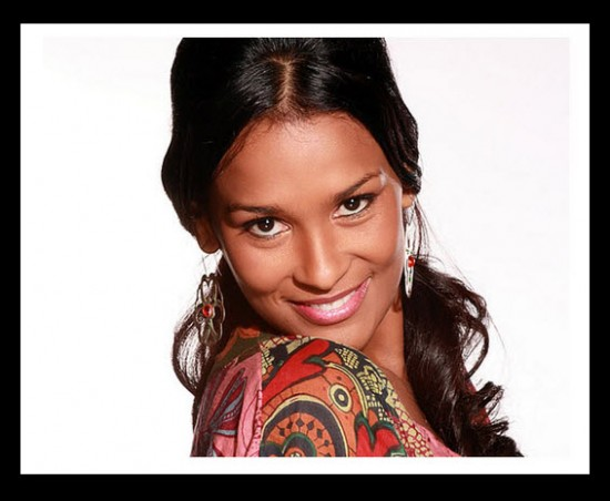 Yeimy Paola Vargas interpreta a Clarisa Galván