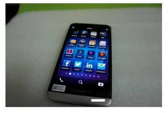 Imágenes filtradas del Blackberry A10