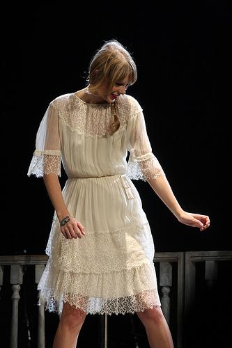Video y letra de la canción de Taylor Swift – Blank Space