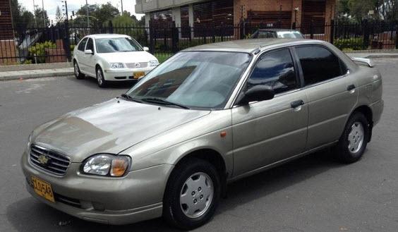 ficha-tecnica-Chevrolet-Esteem-1-3-L-1998